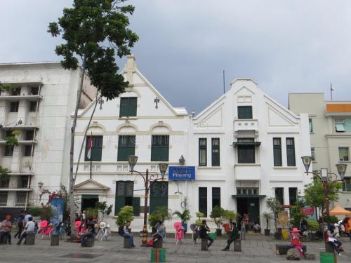 kota-tua-jakarta-batavia-old-city-museum-wayang-fatahillah-square-83264519
